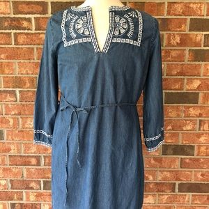LOFT Chambray embroidered dress